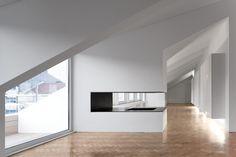 João Tiago Aguiar, arquitectos — Rodrigo da Fonseca Apartment - © Photo by Fernando Guerra, FG+SG Architectural Photography