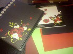 Recipe organizers I am making for my girls. Using scrapbook ideas. Scrapbook Organization, Recipe Organization, Room Organization, Homemade Recipe Books, Recipe Folder, Scrapbooking Ideas, Organizers, Creative Ideas, Album