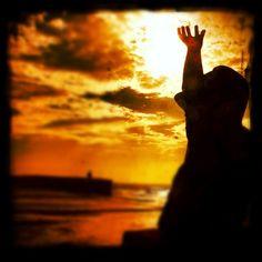 Reach (gold)