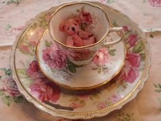 ❤ Lovely floral teacup with an adorable little pink teddy inside!