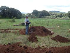Mi padre iniciando la construcción