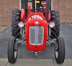 #Vintage #MasseyFerguson 35 Deluxe Diesel #Tractor. #TAFE  tafe.com | tafecafe.org