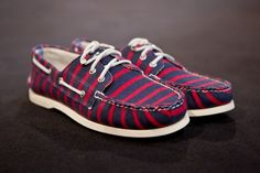 BOAT SHOES FOR GUYS