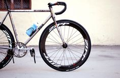 Chas' Cinelli Mash Work Bike with Zipp Firecrest 404 Track Wheels | The Radavist