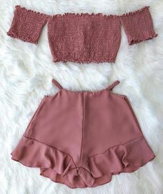 Pin on Trendy outfits Cute Swag Outfits, Cute Comfy Outfits, Crop Top Outfits, Cute Summer Outfits, Pretty Outfits, Fashion Mode, Teen Fashion Outfits, Outfits For Teens, Girl Outfits
