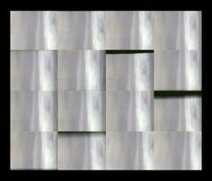 Simplicité volontaire15 artistes se partagent les murs de la galerie... Curtains, Home Decor, Walls, Artists, Insulated Curtains, Homemade Home Decor, Blinds, Draping, Decoration Home