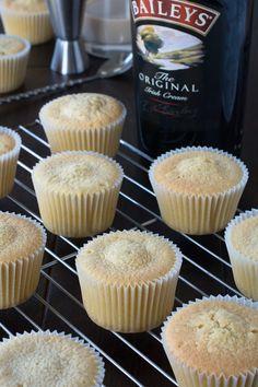 Cupcake Recipes, Baking Recipes, Cupcake Cakes, Cookie Cakes, Cookies, Frosting Recipes, Muffin Recipes, Mini Cakes, Bread Recipes