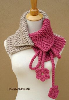 Bolero em ponto de corrente de tricô          usando duas cores.