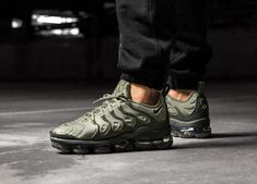 purchase cheap 6b8bf ece70 NIKE AIR VAPORMAX PLUS -  DARK STUCCO  LIMITED EDITION TRAINERS ALL SIZES   Nike