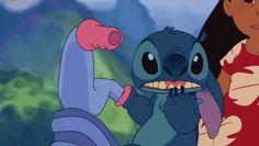 Risultati immagini per disney stitch brushing teeth art Cartoon Wallpaper, Cute Disney Wallpaper, Wallpaper Iphone Cute, Disney Stitch, Disney Parks, Lilo And Stitch Quotes, Lelo And Stitch, Stitch And Angel, Cute Stitch