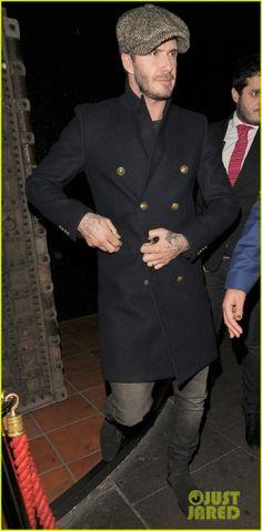 Celeb Diary: David Beckham & Gordon Ramsay @ Chakana club in Londra David Beckham Style, David And Victoria Beckham, Best Dressed Man, Gentleman Style, Gentleman Fashion, Outfits With Hats, Field Jacket, Mens Fashion, Fashion Outfits