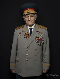 Pit Buehler Photography | Russian War Veterans Victory Parade, Double Breasted Suit, Portrait, Moscow, Victorious, Switzerland, Russia, Suit Jacket, Hero