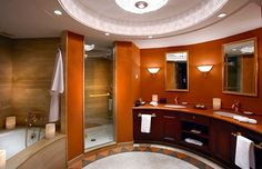 Bathroom of the Presidential Suite