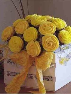 Boxed Yellow Rose Cupcakes