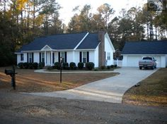 View 27 photos of this $189,900, 3 bed, 2.0 bath, 1960 sqft single family home located at 109 Vicksburg Ln, Lugoff, SC 29078 built in 1881. MLS # 413455.