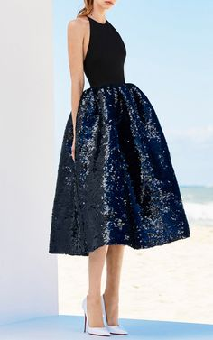 Get inspired and discover Alex Perry trunkshow! Shop the latest Alex Perry collection at Moda Operandi. Alex Perry, Most Beautiful Dresses, Pretty Dresses, Short Dresses, Prom Dresses, Dream Dress, Ball Gowns, Evening Dresses, Party Dress