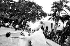 Sesión de novios en la hacienda Chichi Suarez en Yucatán / Groom and bride photo shoot in the hacienda Chichi Suarez #Boda #Wedding #Yucatán #Hacienda