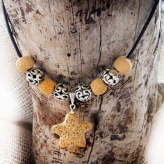 Our Reversible Hoop Wood Earrings are featured on the 'Make it Natural~TeamUNITY~Group 1' treasury by Kathy Carroll on Etsy. Thanks!