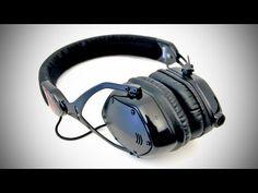 V-MODA Crossfade M-80 Headphones Unboxing  Overview - http://tech.onwired.biz/technology/v-moda-crossfade-m-80-headphones-unboxing-overview/