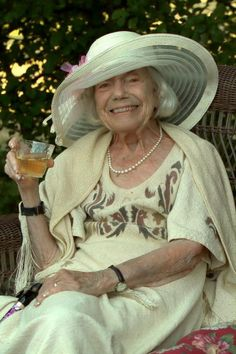 A Life: Barbara Yeomans, 1915-2015; 'A Remarkable Woman Who Had a Very Big Life'