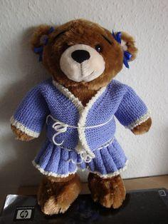 (Made by Susanne Elfrom Nguyen) Strikket tøj til build a bear