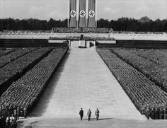 """Example of Leni technique of """"expansiveness""""-- to me, communicating that """"THE PARTY"""" is bigger than the people in it Leni Riefenstahl, Nazi Propaganda, Old Pictures, Old Photos, Der Reichstag, Vaporwave Wallpaper, Military Insignia, Military Art, Triomphe"""
