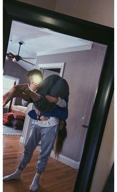15 photos for those who already live with her boyfriend - Fotos/Gifs/Videos❤ - Cute Couples Photos, Cute Couple Pictures, Cute Couples Goals, Cute Photos, Couple Ideas, Beautiful Pictures, Summer Love Couples, Love Pics, Cute Boyfriend Pictures
