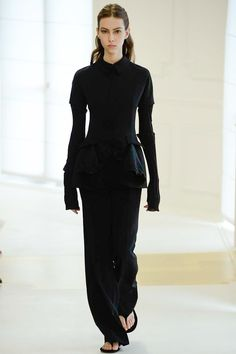 7060a47ab80 Christian Dior Fall 2016 Couture Fashion Show. Haute Couture 2016Hiver 2016Automne  HiverFringuesHabillageTendancesMode ...