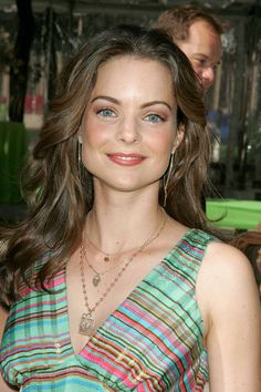 Kimberly Williams-Paisley ABC Upfront for Fall Line up, at Avery Fisher Hall, Lincoln Center, New York City. Kimberly Paisley, Brad Paisley, Kimberly Williams, Celebs, Celebrities, Famous Women, Beautiful Actresses, Style Guides, Fitness Women