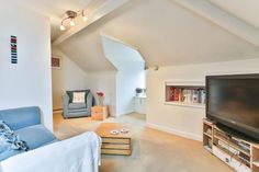 Looking to get your foot on the property ladder? This apartment is perfect -> http://cookresidential.co.uk/Properties/PropertyOverview?reference=CR000982 #cheltenham #estate #agents