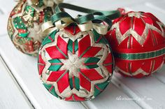 7 Ideas for your Handmade Christmas Ornaments.  Tutorial for making these beautiful no-sew ornaments: $10.