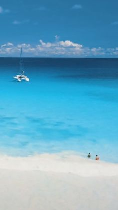 What's Your Favorite Caribbean Island?We ran a poll to find out the top-rated Caribbean Islands. Vacation Places, Places To Travel, Travel Destinations, Italy Vacation, Romantic Vacations, Romantic Travel, Resorts World Manila, Maldives Beach, Venice Travel