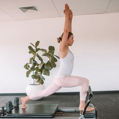 Pilates for PCOS and hormones My favorite Tips amp Workouts Yoga For Pcos, Pcos Exercise, Fitness Tips, Health Fitness, Fitness Goals, Pilates Benefits, Pcos Diet, How To Get Abs, Muscle Fatigue