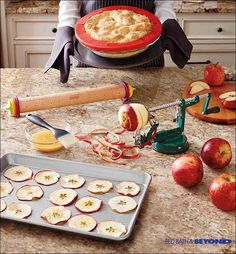 Holiday treats look as beautiful as they are delicious when you can easily slice, core and peel fresh fruits. Just clamp the base of this apple peeler to the counter and turn the crank for perfectly peeled fruits (and veggies, too)!