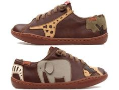 Twins come as mainly brown lace up sneakers and are made of full grain leather.