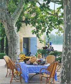 COTE DE TEXAS: NEWS ABOUT GINNY MAGHER, Atlanta designer farmhouse in Provence:Mas de Barraquet