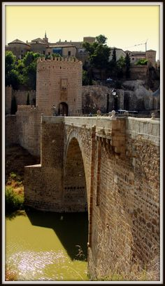 Puente de Alcántara Tower Bridge, Bridges, Castle, Architecture, Travel, Decor, Viajes, Places, Arquitetura
