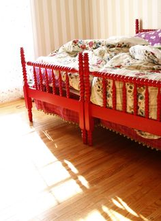 I would love for the girls to have matching Jenny Lind beds... I love that Anna Maria painted her daughters' beds red. So bold. So beautiful!