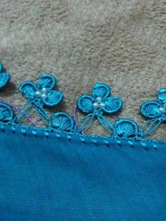 This post was discovered by Ne Crochet Borders, Tatting Lace, Diy And Crafts, Crochet Necklace, Elsa, Knitting, Jewelry, Asdf, Crocheting