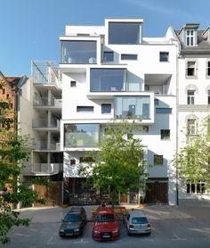 Multifunktionsgebäude »C13« in Berlin von Kaden und Partner Architekten