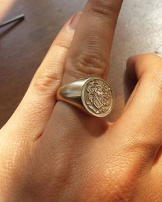 Design your own custom signet ring, coat of arms ring or family crest ring. Family Crest Rings, Family Ring, Custom Signet Ring, Cool Rings For Men, Gold Diamond Wedding Band, Eternity Bands, White Gold Diamonds, Vintage Rings, Engagement Rings