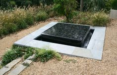 25 New Ideas Wall Black Stone Water Features Stone Water Features, Water Features In The Garden, Concrete Fountains, Garden Fountains, Water Fountains, Pond Design, Garden Design, Atrium Design, Modern Water Feature