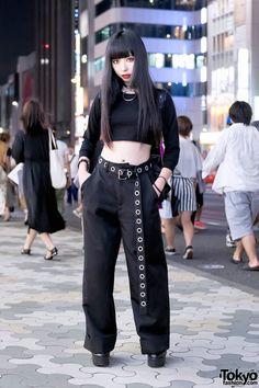 Harajuku Girl in All Black Fashion w/ Faith Tokyo, Killstar, Deandri & American Apparel (Tokyo Fashion News) Japan Street Fashion, Tokyo Street Style, Tokyo Fashion, Harajuku Fashion, Kawaii Fashion, New Fashion, Trendy Fashion, Korean Fashion, Style Fashion