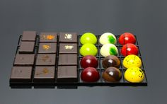 24 Piece Collection   Puur Chocolat