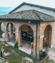 The Giotto House Museum is located in Vicchio and is a cultural centre dedicated to the life and works of the great artist. Great Artists, Tuscany, Gazebo, Museum, Tours, Outdoor Structures, Play, Giotto, Kiosk
