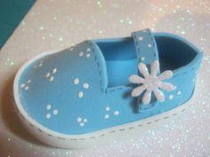 zapato de foami para baby shower