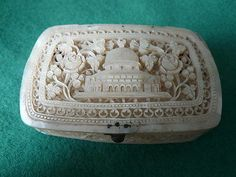 ANTIQUE MOTHER OF PEARL CARVED BOX CASKET DOME OF THE ROCK ISLAMIC JERUSALEM