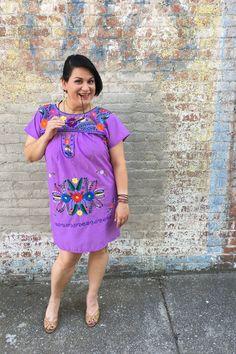 Styling a women's Mexican dress | ShopMucho