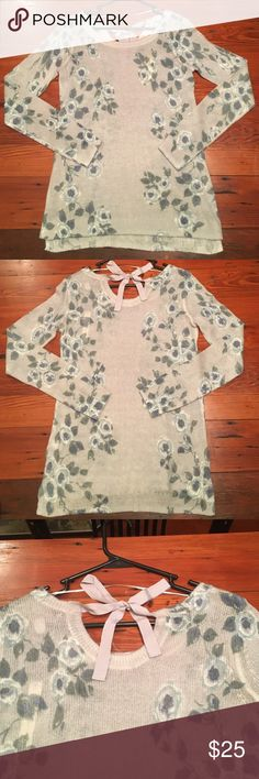 NWT LC Lauren Conrad sweater size xs Super cute blue floral pattern with back neck tie. 73% acrylic 27% nylon. LC Lauren Conrad Sweaters Crew & Scoop Necks