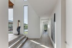 Bracketed Space House by Matt Fajkus Architecture | Detached houses